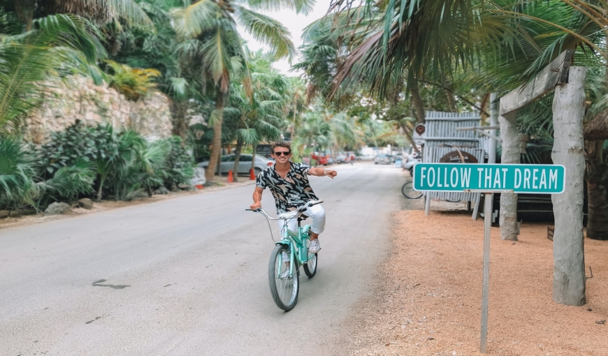 Digital Nomad: Benefits and Downsides of Living the Dream